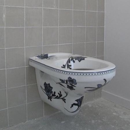 Blue-toilet1